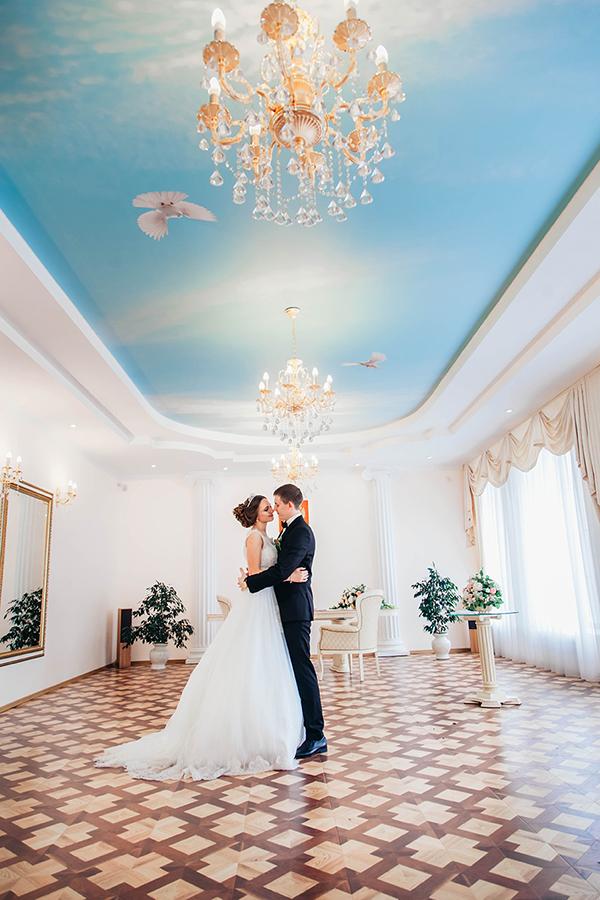 свадебное фото молодожен