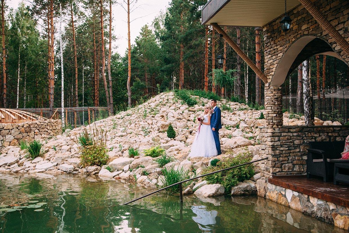свадебная фотосессия у озера