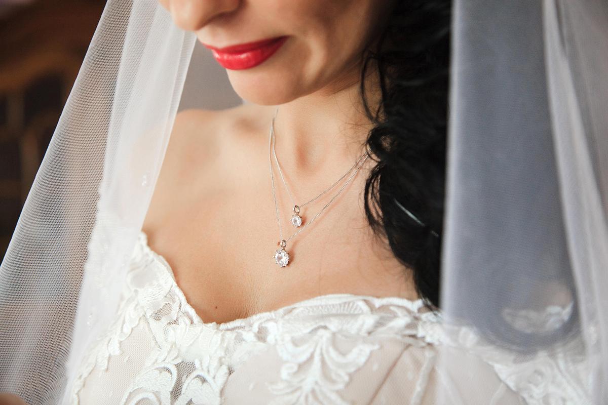 красивая бижутерия невесты