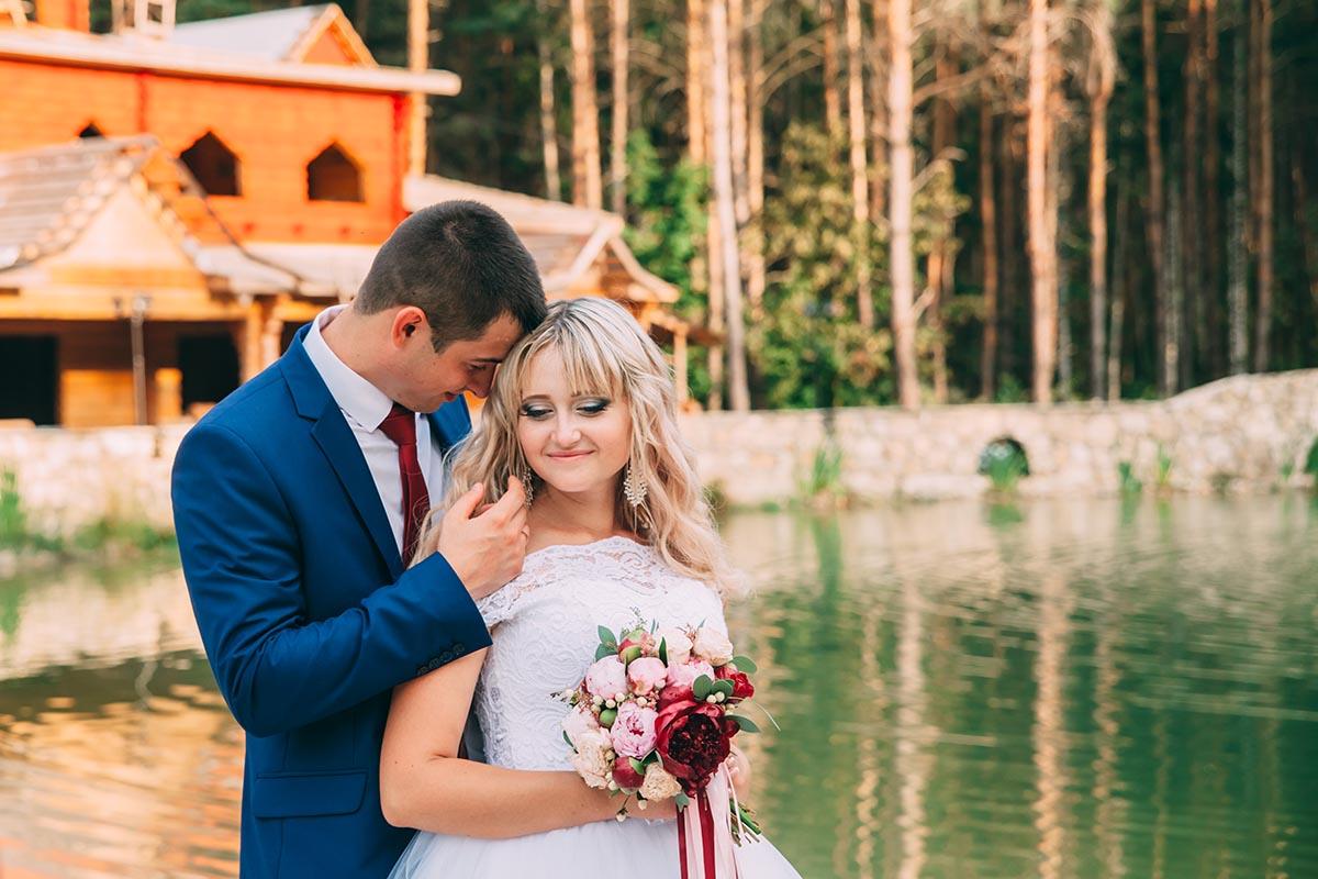 фотосессия свадьбы в лесу