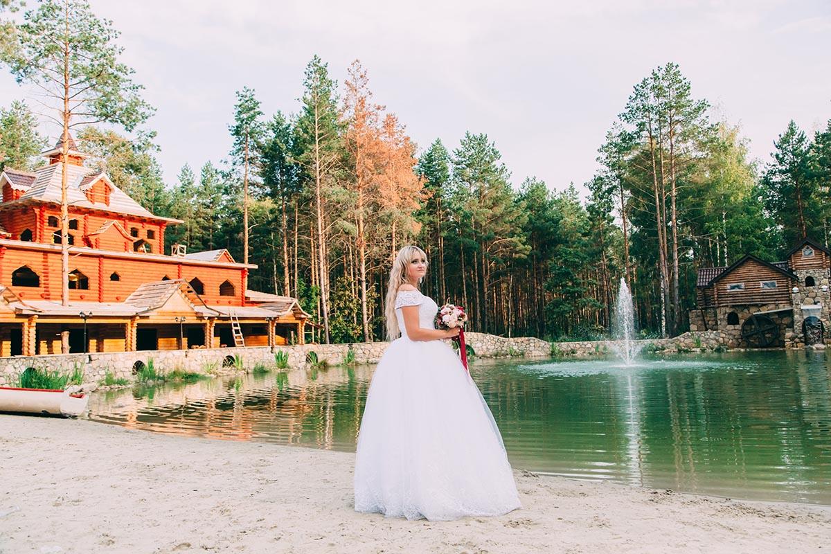 свадебная фотосессия в лесной сказке