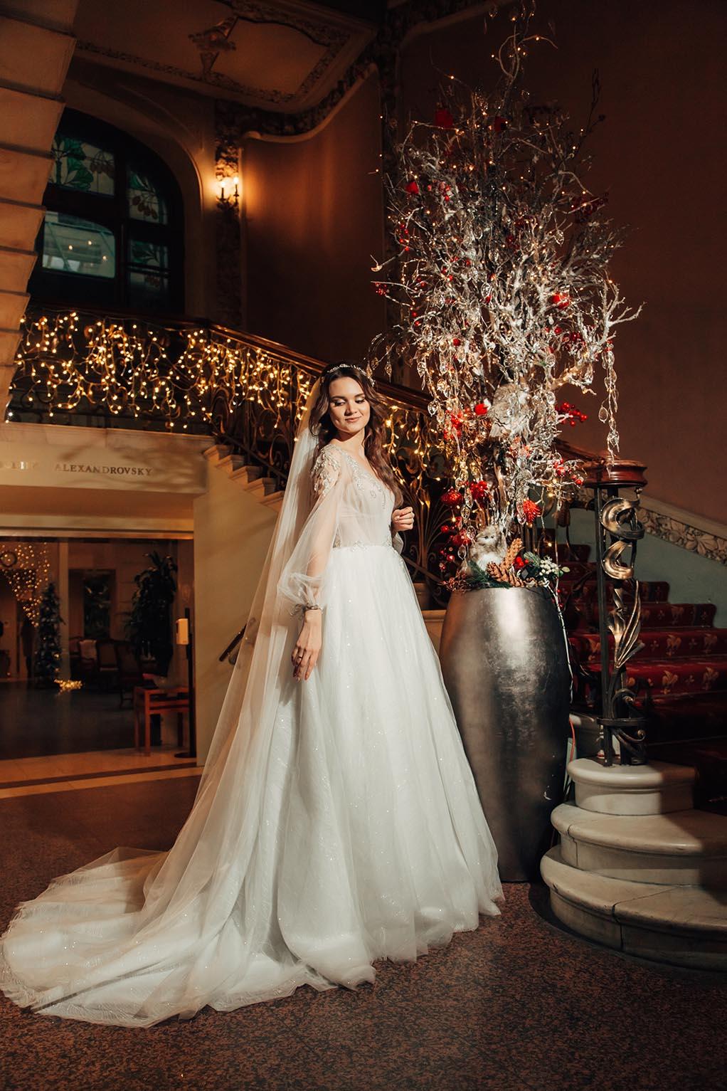 свадебная фотосессия невесты в отеле Националь Москва